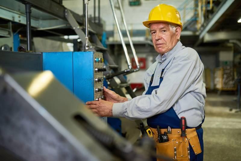 Возможность индексации пенсий работающим пенсионерам в 2021 году остается крайне низкой