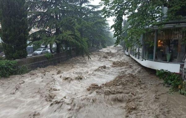В Ялте сообщили о погибшем в результате наводнения