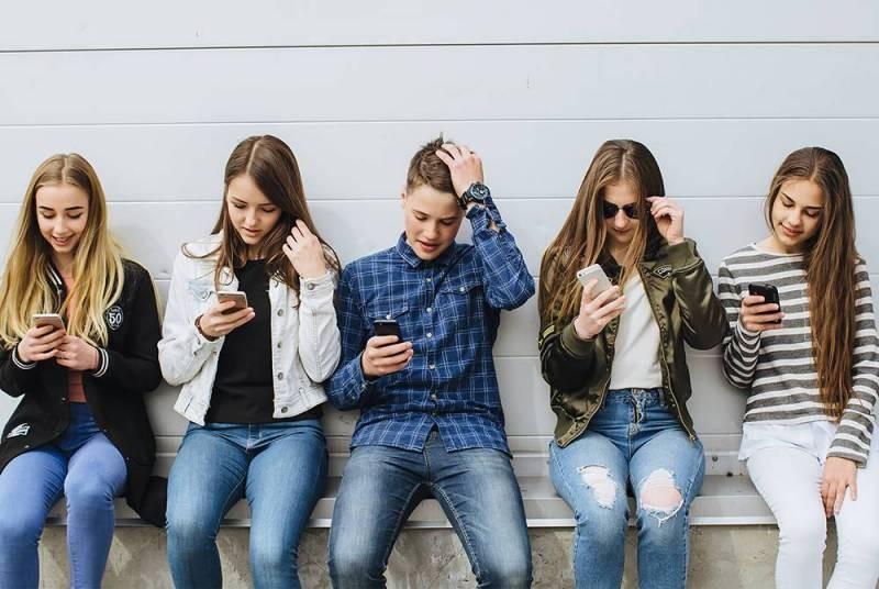 Почему Стив Джобс и другие знаменитые айтишники запрещают своим детям пользоваться айфонами