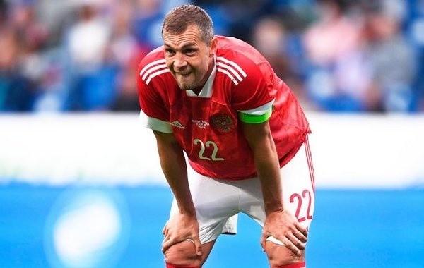 Российские футболисты проиграли Дании и вылетели с Евро-2020