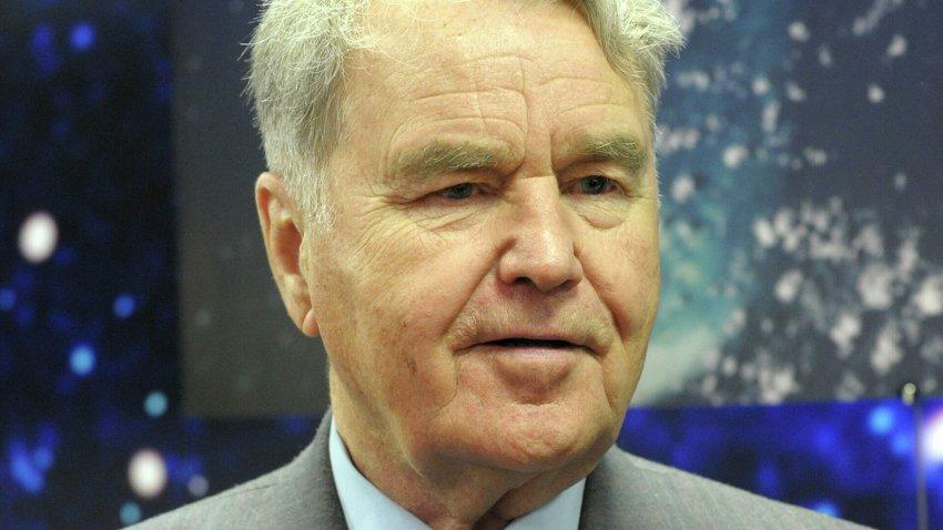 Скончался старейший космонавт на Земле Владимир Шаталов