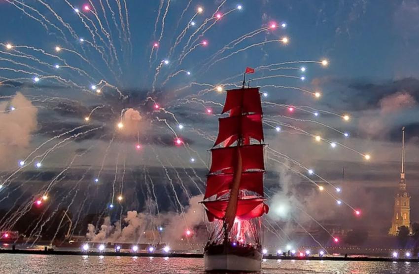 «Алые паруса», СПб: праздник выпускников в 2021 году, где смотреть трансляцию и салют