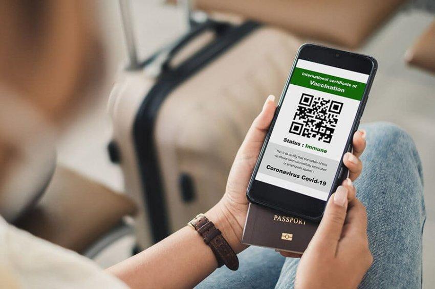Ждать ли в Москве QR-кодов для магазинов и транспорта летом 2021 года