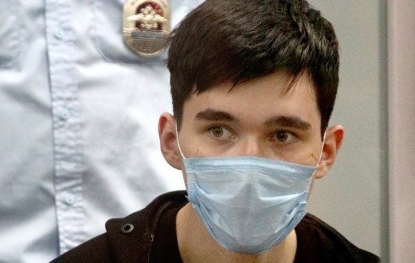 Следователи просят суд оставить под стражей казанского стрелка