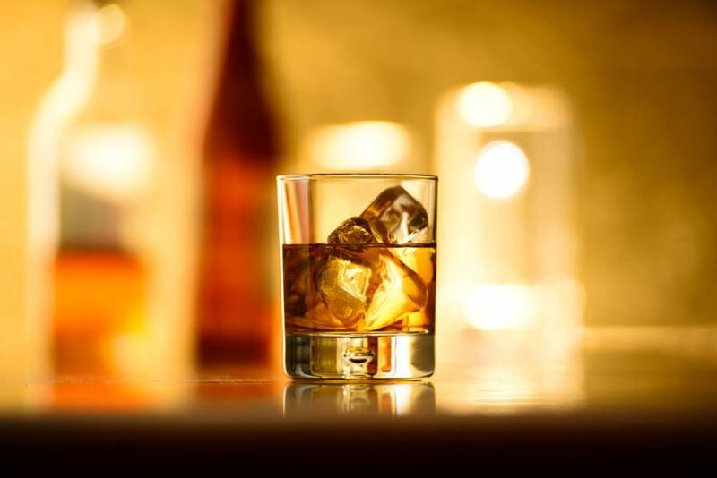 Через сколько дней можно употреблять алкоголь после вакцинации от COVID-19