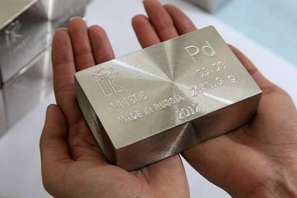 Власти РФ намерены упростить вывоз редких металлов