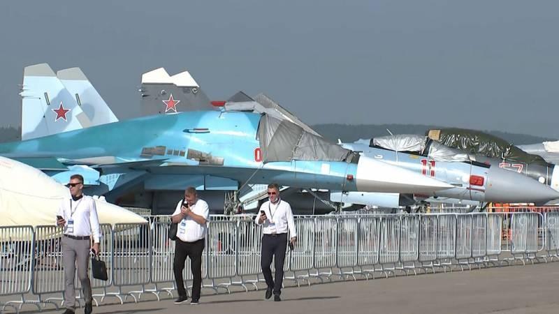 На открытии МАКС-2021 презентовали новый российский истребитель