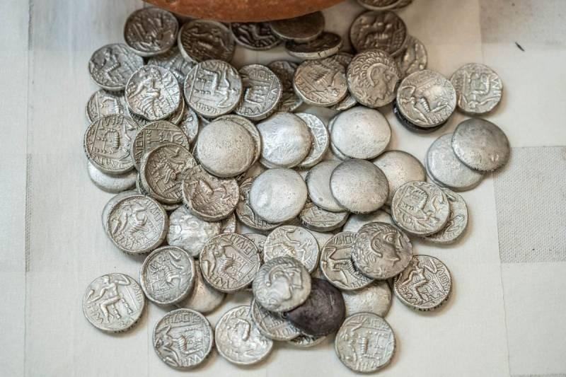Археологами на территории ОАЭ найдено настоящий клад
