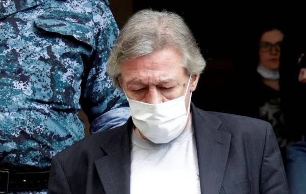 Суд рассмотрел иск подруги Ефремова из-за съемной квартиры