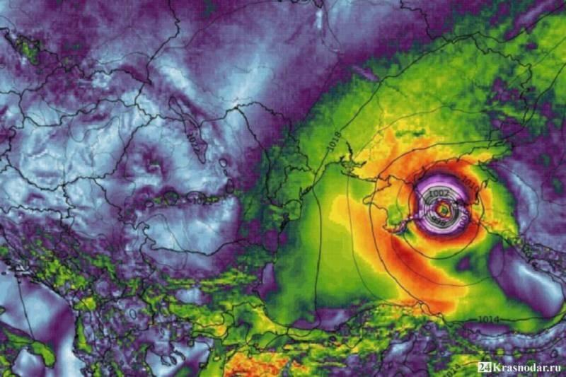 Надвигающийся тропический тайфун на Кубани сравнивают с библейским потопом