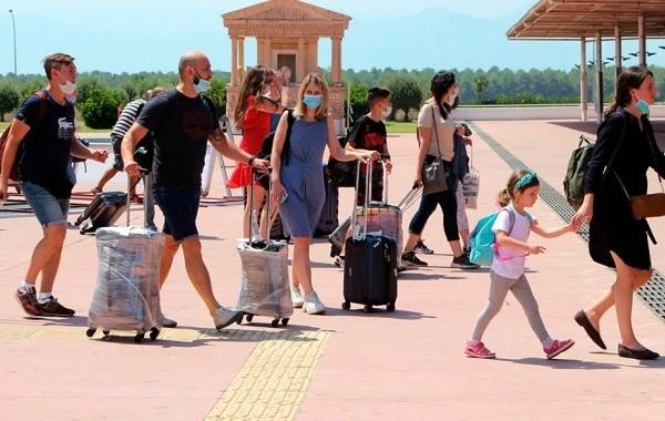 В Турции продолжает наблюдаться подъем заболеваемости коронавирусом